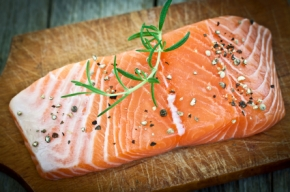 Gravadlax – the simple and tasty Scandinavian salmon recipe